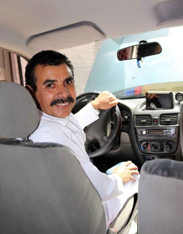Académico mexicano logra convertir un auto de gasolina a eléctrico - auto-de-gasolina-a-electrico_3-627x800