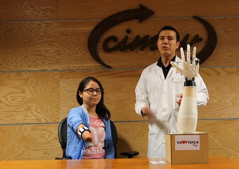 Científicos mexicanos crean y prueban con éxito brazo robótico sensitivo - brazo-robotico-800x566