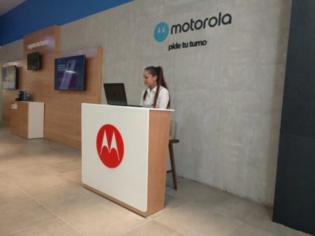 Motorola abre en la CDMX el primer Centro de Servicio Flagship