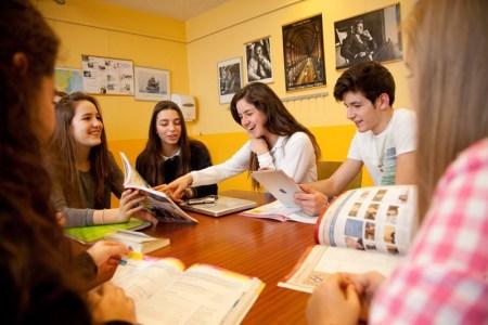 ¿Quieres estudiar en Suiza? Swiss Learning te ayuda a hacerlo