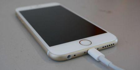 Apple se disculpa por reducir la potencia en iPhones con baterías viejas