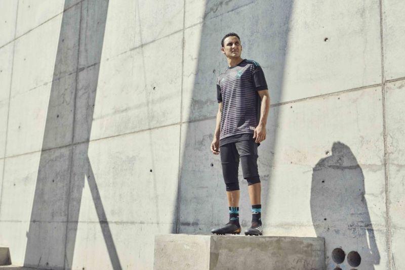 adidas Football reveló las playeras Parley para entrenamiento hechas con Plástico Reciclado del Océano - playeras-entrenamiento-parley-rmfc_parley_navas-800x534