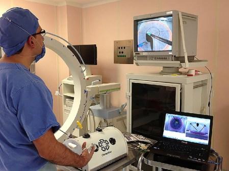 Mexicano diseñó simulador de aprendizaje y entrenamiento en cirugías laparoscópicas