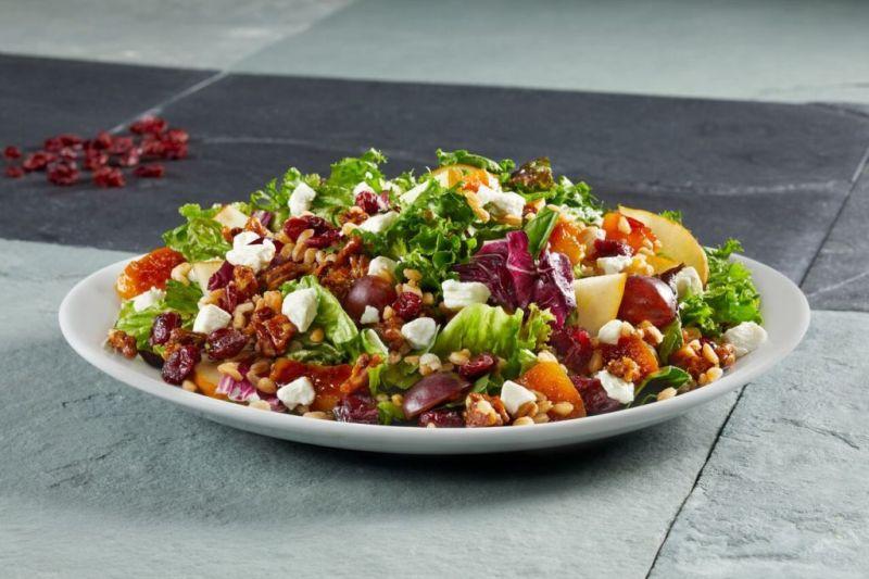 10 datos que no conocías de California Pizza Kitchen para celebrar sus 10 años - winter-salad_preview-800x533