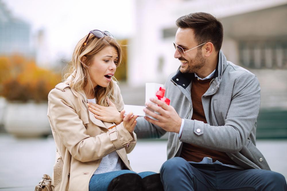 regalo perfecto El regalo perfecto según su tipo de pareja para este 14 de febrero [Infografía]