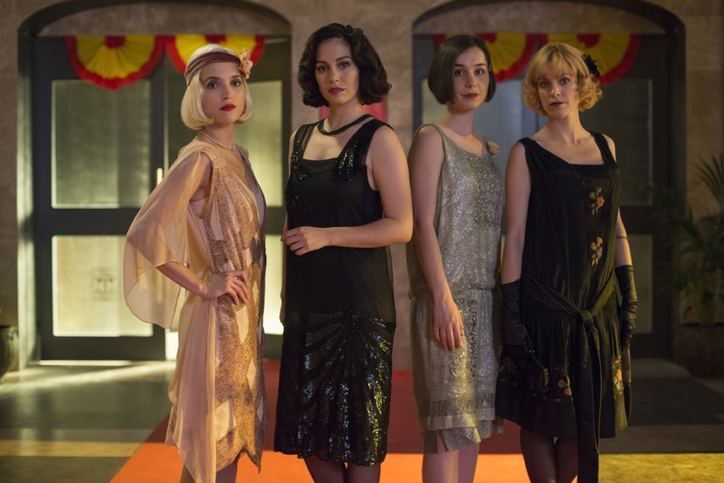 Mujeres inspiradoras de Netflix para ver en el Día Internacional de la Mujer - cablegirls_01-800x534