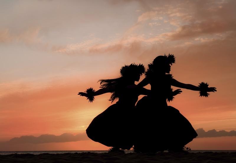 hula hawai 800x555 5 destinos reconocidos por su danza folklórica
