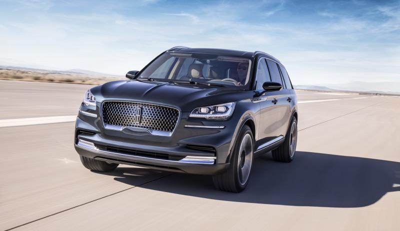 """Lincoln presenta Aviator: la SUV con motor híbrido """"Plug-in"""" - lincoln-aviator-1-800x463"""