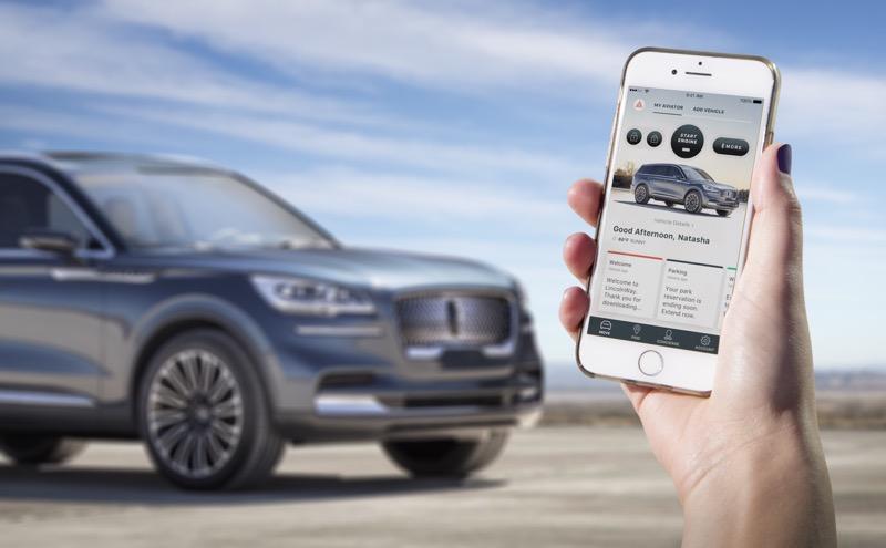 """Lincoln presenta Aviator: la SUV con motor híbrido """"Plug-in"""" - lincoln-aviator-phone-as-a-key-800x495"""