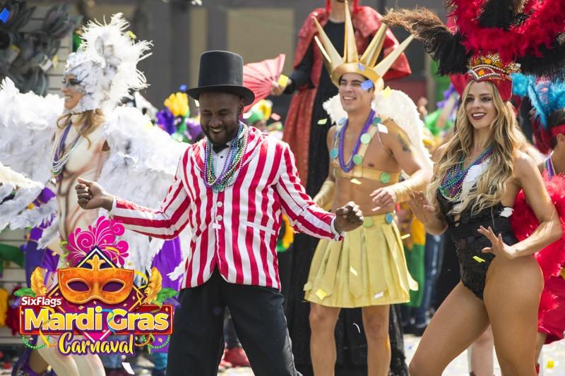 Mardi Gras Carnaval llega a Six Flags México del del 9 de marzo al 13 de Mayo - mardi-gras-carnaval-800x533