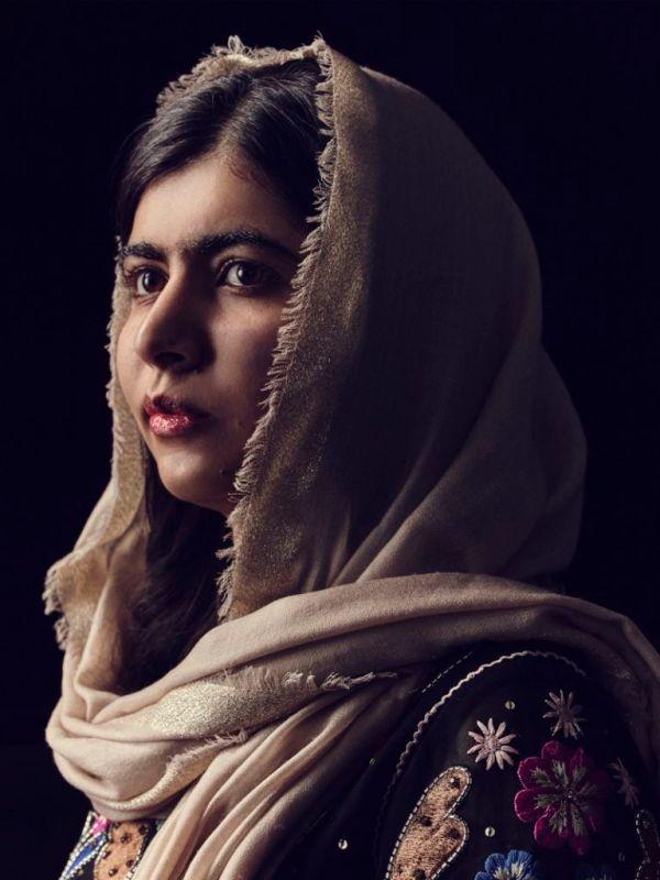 my next guest with malala yousafzai 02 600x800 Mujeres inspiradoras de Netflix para ver en el Día Internacional de la Mujer