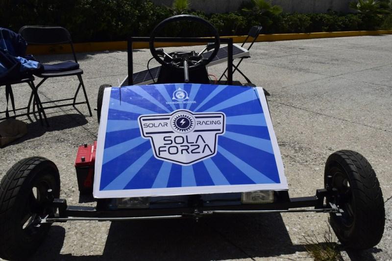Estudiantes mexicanos crean auto de carga solar - auto-de-carga-solar_2-800x534