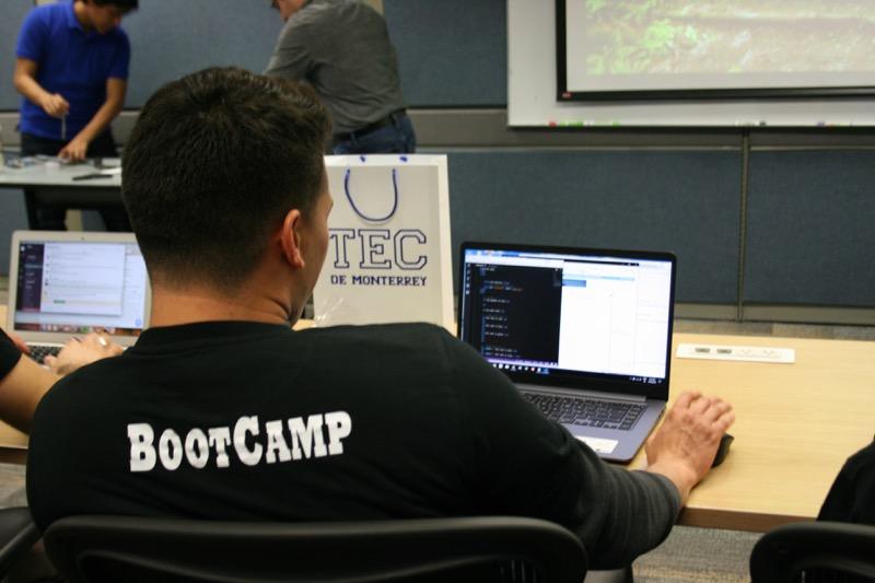 El Tecnológico de Monterrey lanza su primer Coding Boot Camp - coding-boot-camp-800x533