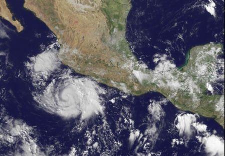 Inició la temporada de huracanes ¿Cuántos azotarán México?