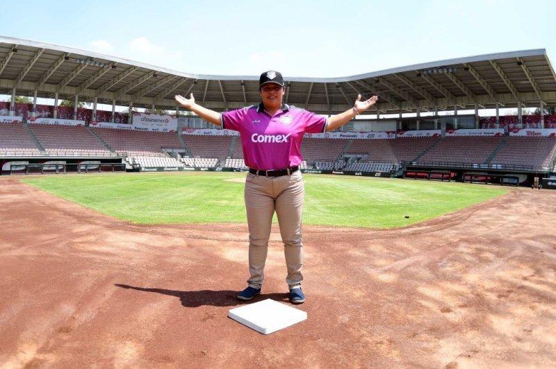Luz Alicia Gordoa hace historia: Primera mujer umpire en el Béisbol Mexicano - ddsfj5lvmaef7kn-800x532