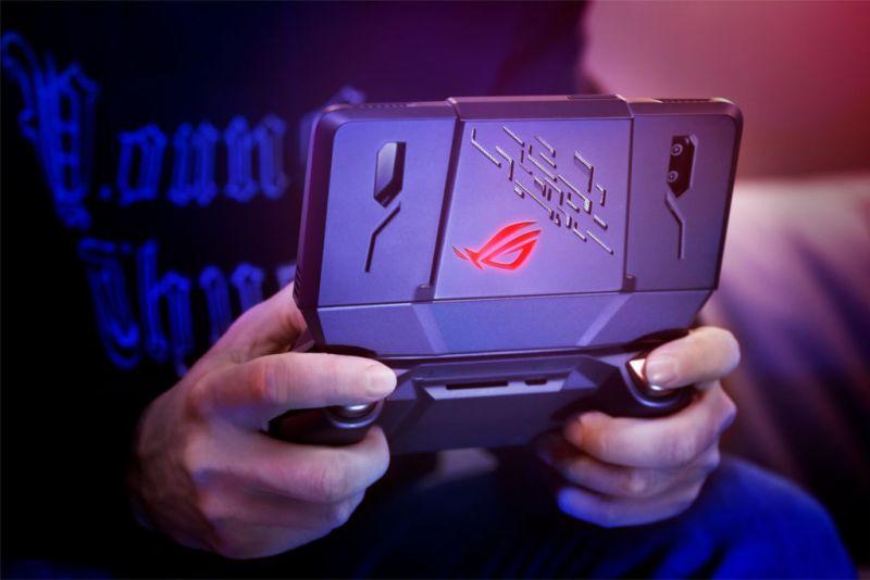 ASUS Republic of Gamers presenta el ROG Phone - asus-rog-phone-1-800x534