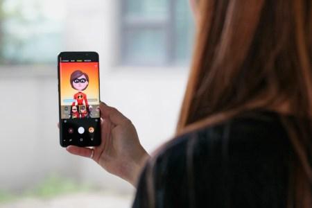 Samsung lanza 6 nuevos AR Emojis de Los Increíbles