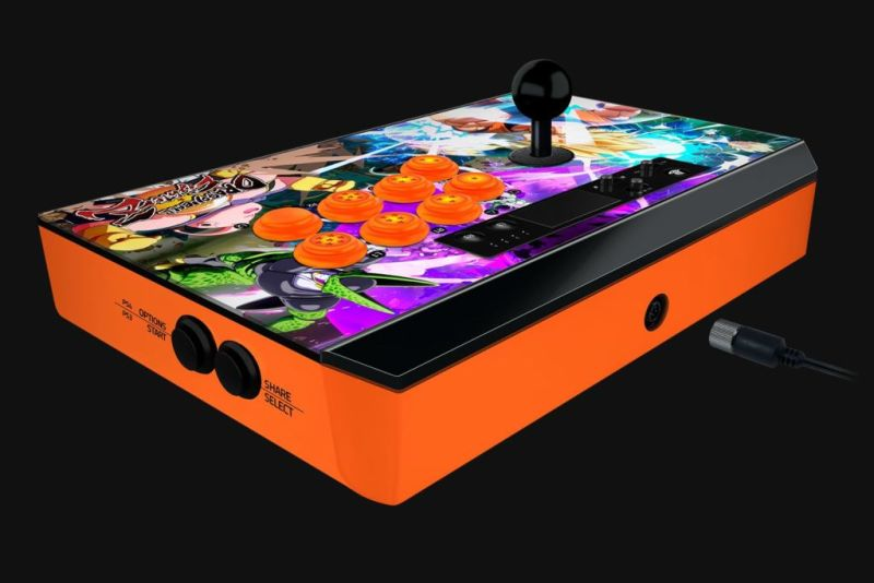 Razer anuncia el Fightsticks Dragon Ball Figtherz para Xbox One y PS4 - razer-panthera-dragonball-console-04-800x534