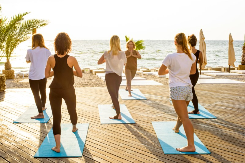 Pasos sencillos para que tu negocio de wellness esté listo este verano - wellness-800x534