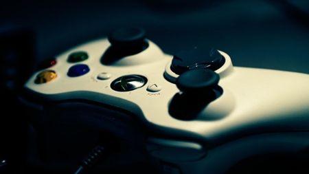 Vetan 47 títulos de videojuegos en Arabia Saudita por el suicidio de dos jóvenes