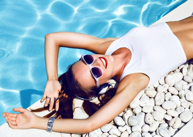 Top 20 de canciones más populares del verano en México y el mundo por Spotify - canciones-mas-populares-del-verano-800x567