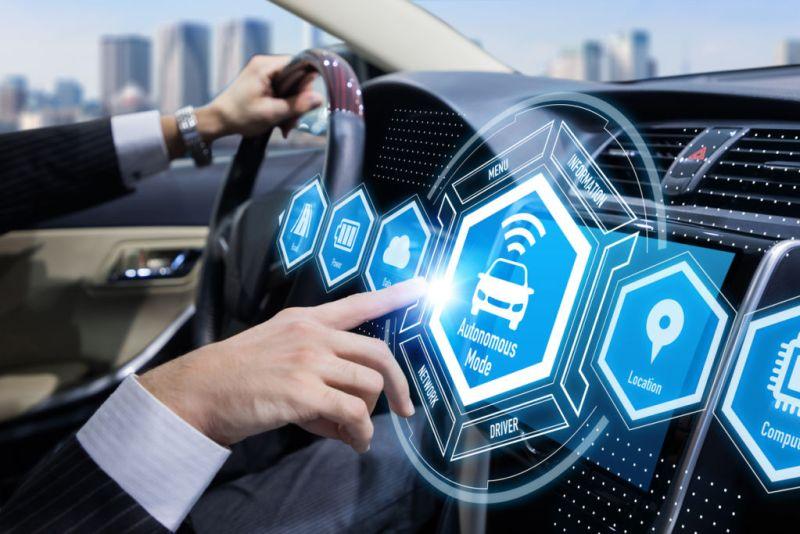 Ya están llegando los vehículos autónomos y serán más seguros - carro-autonomo-1-800x534
