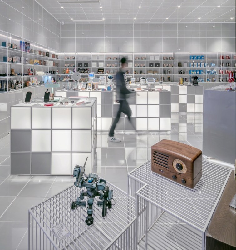 Los mexicanos dedican más tiempo a las compras de informática y electrónica - compras-756x800