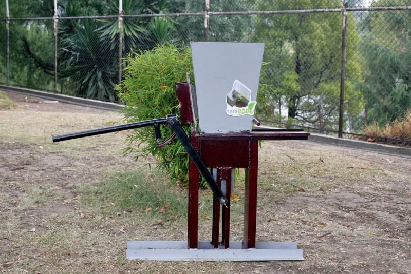 Politécnicos crean máquina para fabricar tabiques con fibra de bambú - ladrillos-con-fibra-de-bambu-800x534