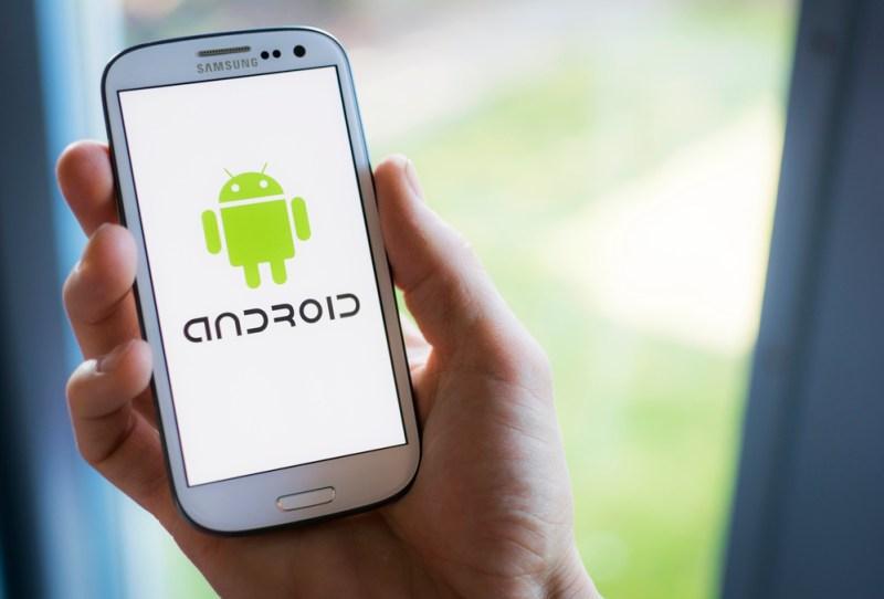 Estudio revela que solo el 23% de usuarios utiliza herramientas antirrobo en sus móviles - usuarios-android-en-mexico-800x542