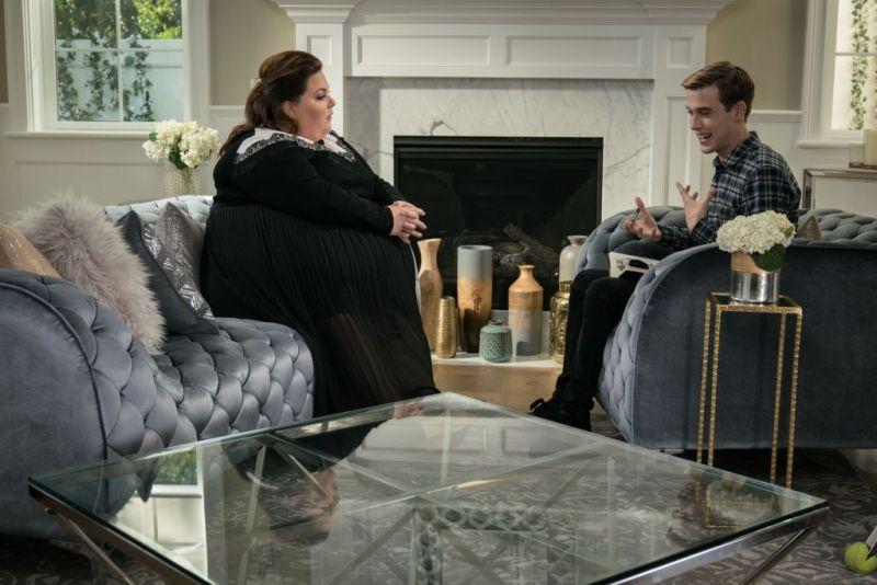 "Estreno de la tercera temporada de ""Hollywood Medium with Tyler Henry"" - 3-hollywood-medium-with-tyler-henry-e-chrissy-metz-800x534"