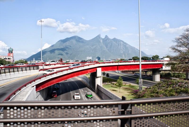 10 las ciudades mexicanas más económicas para visitar en Octubre - monterrey-800x536