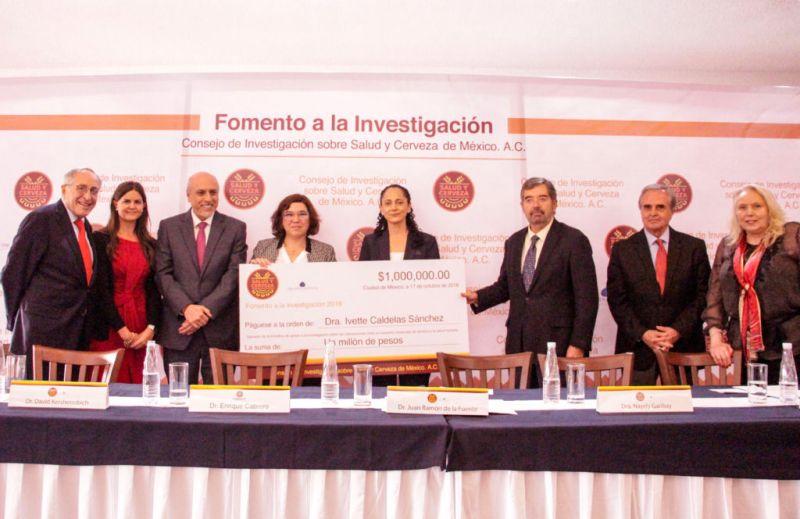"""Iniciativa """"Fomento a la Investigación"""" premia los proyectos de investigación sobre salud y cerveza ganadores en 2018 - dra-ivette-caldelas-sanchez-800x519"""