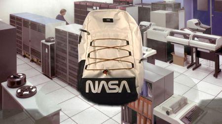 VANS Space Voyager, colección dedicada a la NASA ya disponible ¡conoce tiendas y precios! - ho18_spacevoyager_vn0a3hm3xh9_snagplusbackpack_spacewhite_elevated