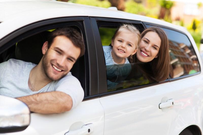 ¿Usarás tu auto esta Navidad? conoce más sobre lo qué cubre tu seguro - auto-viajar-800x534