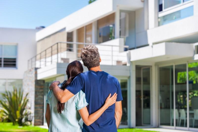 Fin de año o hasta 2019, ¿cuándo te conviene comprar casa? - comprar-casa-800x534