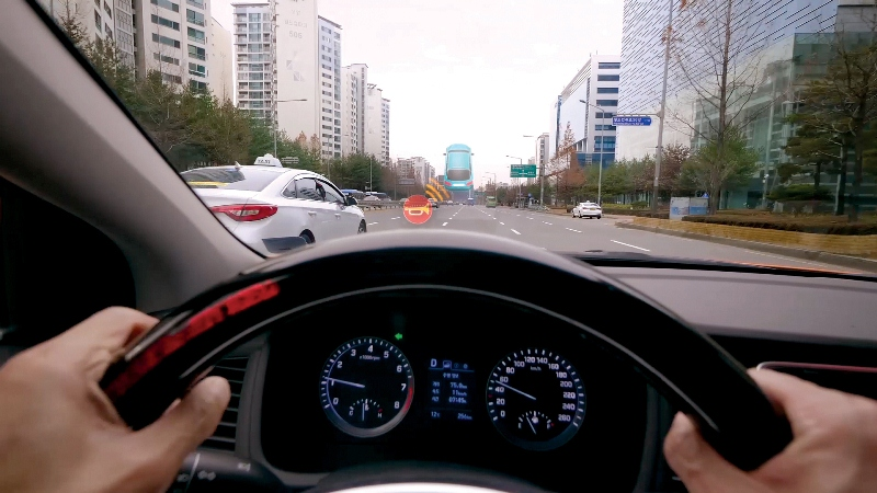 Hyundai revela tecnología para ayudar a los conductores con discapacidad auditiva - 19190110_hyundai-motor-group-driving-assist-technology-for-the-hearing-impaired_photo4-800x450