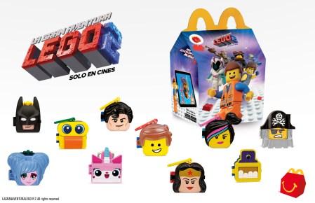 Personajes de La Gran Aventura: Lego 2 en la Cajita Feliz