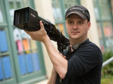 Netflix cierra acuerdo exclusivo con Mike Flanagan y Trevor Macy creadores de la maldición de Hill House