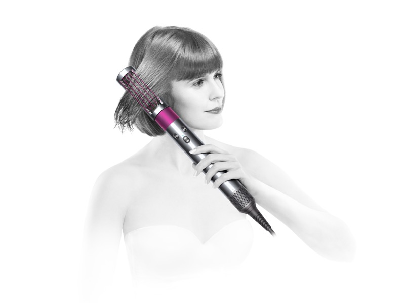 Llega a México Dyson Airwrap, tecnología que cuida tu cabello - hs01_dyson-airwrap-smallbrushhero-redhairshort-800x600