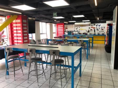 Steren Makers, un espacio abierto equipado para crear, diseñar y desarrollar