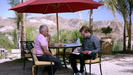 Hoy César Millán en el programa Hollywood Medium with Tyler Henry