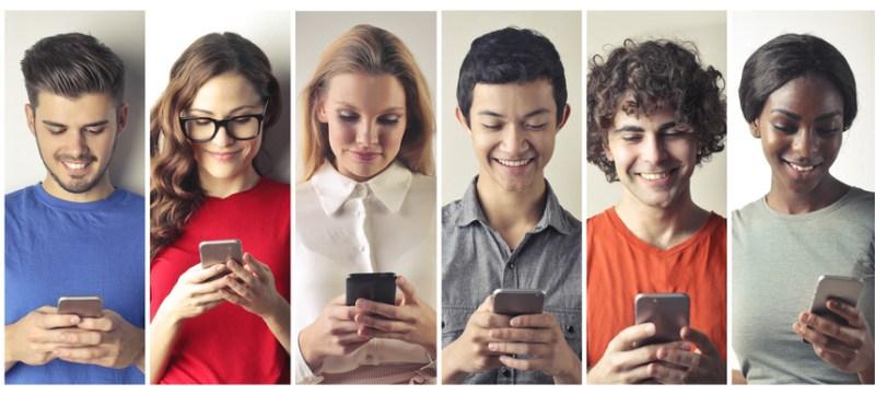 Conoce los resultados del estudio de hábitos de los usuarios de internet en México 2019 - conectados-a-internet-800x361