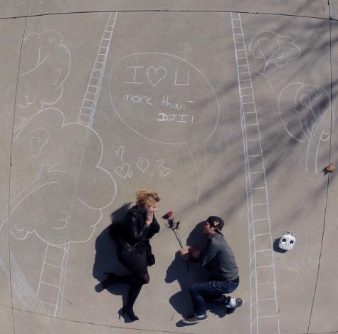 Enamórate de la fotografía con drones ¡conoce algunas ideas creativas! - fotografia-con-drones-dji-parejas_6