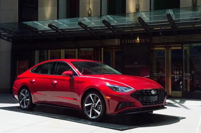 Hyundai exhibe vehículos innovadores y obras de arte experimental - hyundai-arte-tecnologia-800x532