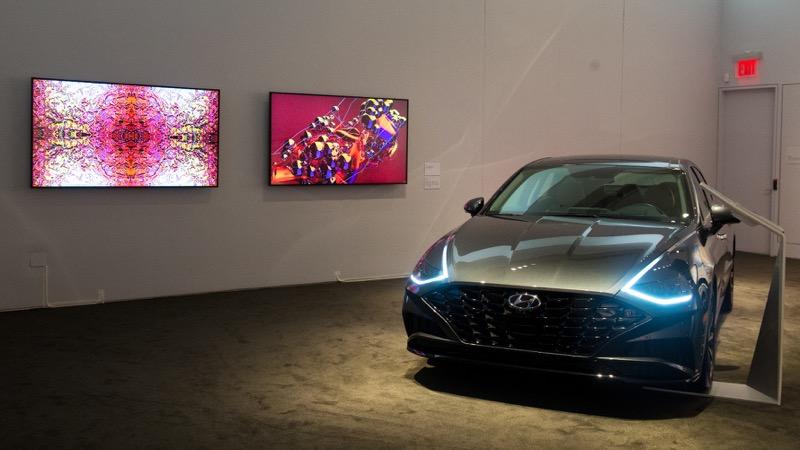 Hyundai exhibe vehículos innovadores y obras de arte experimental - hyundai-arte-tecnologia_2