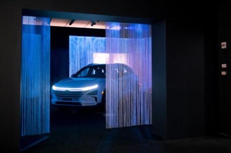 Hyundai exhibe vehículos innovadores y obras de arte experimental