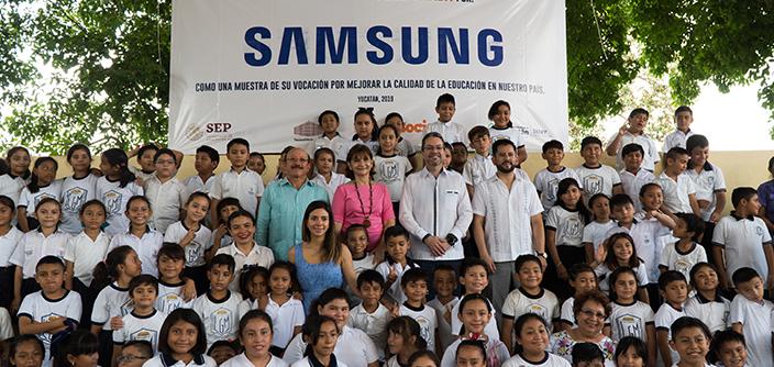 Samsung equipa aula de escuela primaria en Mérida, en alianza con la asociación UNETE - samsumg_merida