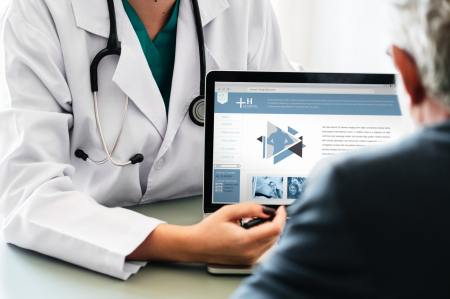 Tener un seguro de gastos médicos es importante para cuidar tu salud y economía