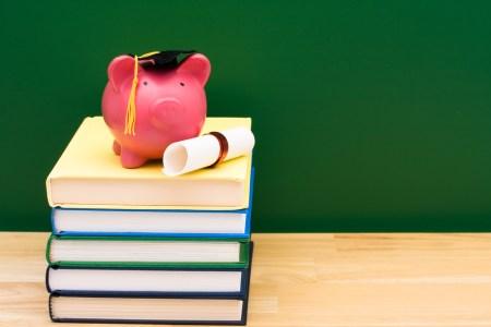 ¿Qué gastos escolares son deducibles de impuestos?