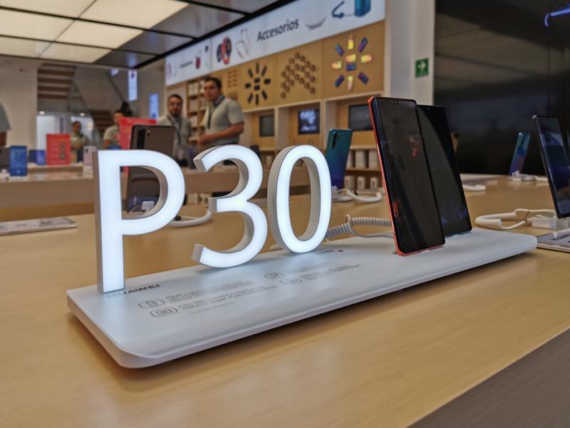 Huawei inaugura 9 nuevas Huawei Experience Stores en México - huawei-experience-store_6-800x600